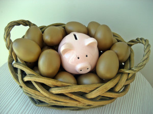 piggy bank basket eggs