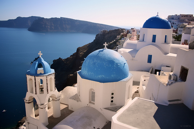 How To Find The Famous Three Blue Domes In Santorini